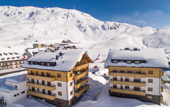 arlberg1800 Chalet Suiten