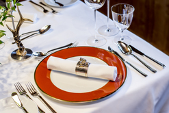 Wiener Tisch im Hotel Post Lech