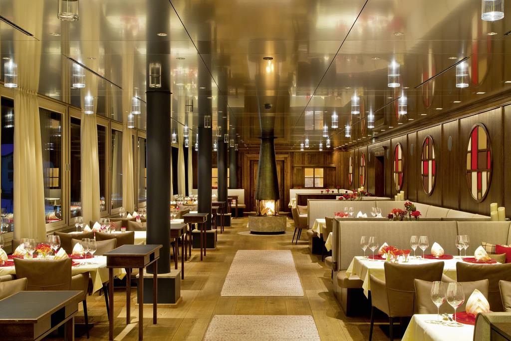 Panorama-Restaurant in der Krone von Lech