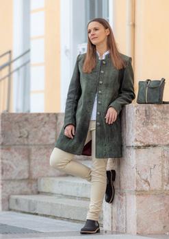 MEISTERSTRASSE_Damen-Gehrock-Emilia_Lederbekleidung Paschinger